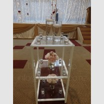 AISLE GLASS  STAND