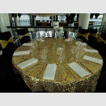 GOLD SHINY ROUND TABLE CLOTH